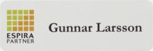 Namnbrickor med egen logo