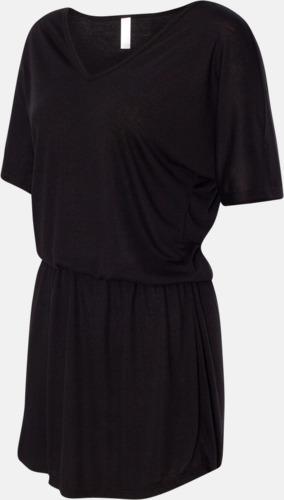 Trendiga klänningar med reklamtryck