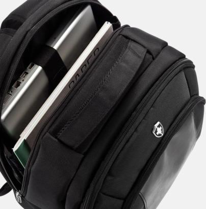 PVC-fria datorryggsäckar från Swiss Peak med reklamtryck