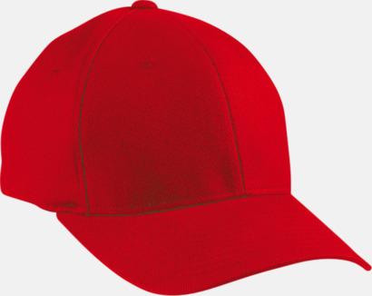 Röd Flexfitkeps med egen brodyr