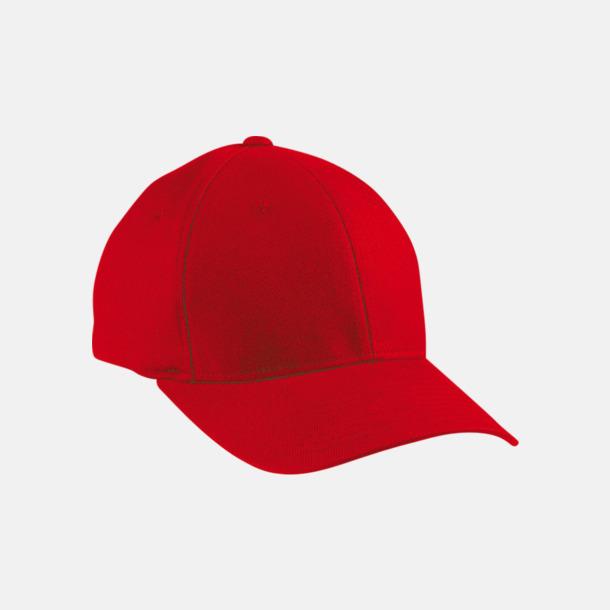 Red Flexfitkeps med egen brodyr