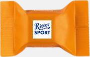 Caramel Ritter sport pralin på ett kort med reklamtryck