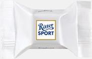 Yoghurt Ritter sport pralin på ett kort med reklamtryck