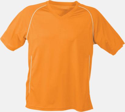 Orange T-shirt i funktionsmaterial med eget tryck