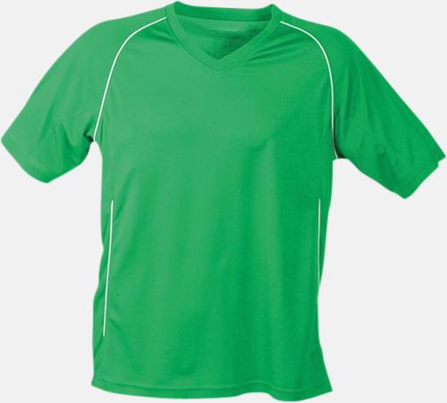 Grön T-shirt i funktionsmaterial med eget tryck