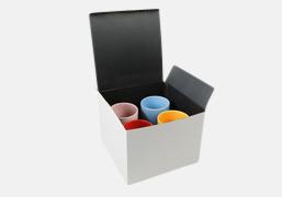 Presentförpackning 4-pack Snygga muggar med eget tryck