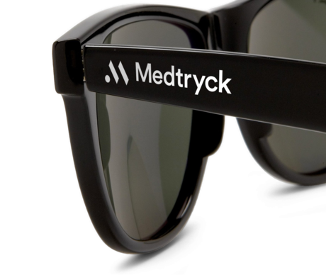 2 av 3 svenskar skyddar ej ögonen med solglasögon på vintern