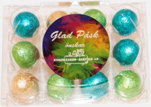 Chokladägg i äggkartong med reklametikett