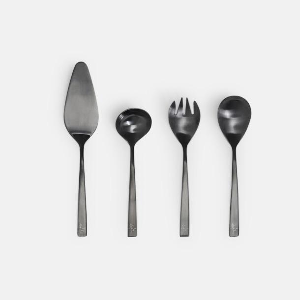 Svart 4-delars mörkt serveringsset från Selected by Leif Mannerström