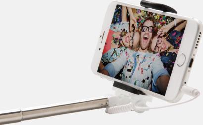 Små selfiepinnar med reklamtryck