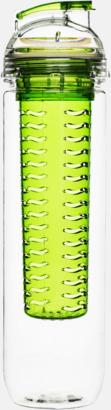 Grön Sportiga vattenflaskor med fruktkolv från Sagaform