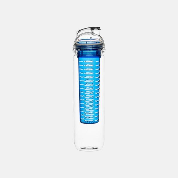 Blå Sportiga vattenflaskor med fruktkolv från Sagaform