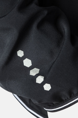 Detalj (dam) Löparjackor från Craft med egen reklamlogga