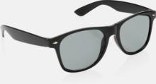 Modetrendiga solglasögon med reklamtryck
