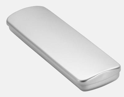 Metalletui 2 silver (se tillval) Glansiga reklampennor med triangelform med reklamtryck