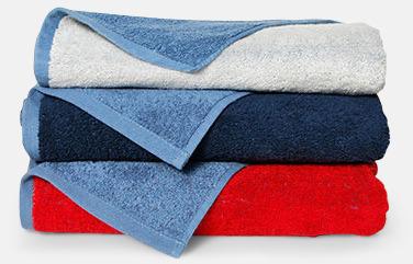 Flerfärgade handdukar med reklamlogo