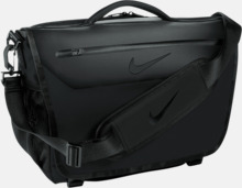 Laptopväskor från Nike med reklamtryck