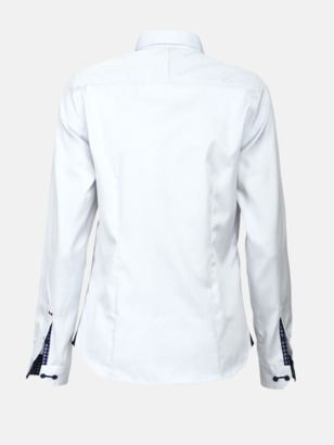 Exklusiva skjortor i klassisk design med reklamtryck