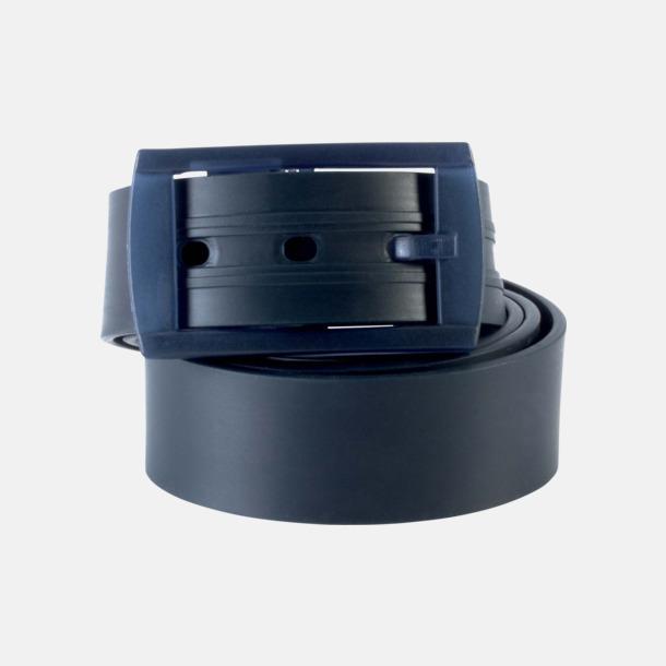 Marinblå Bälten i silikon med gravyrlogo
