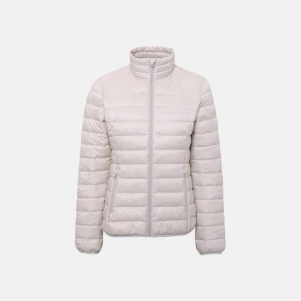 Oyster White (endast dam) Vadderade och fina jackor med reklamtryck
