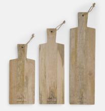 Serveringsbrädor i flera storlekar från Selected by Leif Mannerström