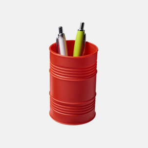 Pennhållare i form av ett oljefat med reklamtryck