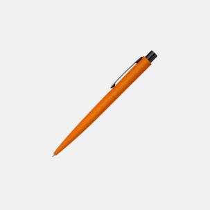 Soft touch metallpennor med blanka, svarta detaljer med reklamlogo