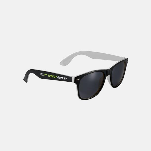 Med reklamtryck Solglasögon med bågar i kontrasterande färg - med reklamtryck
